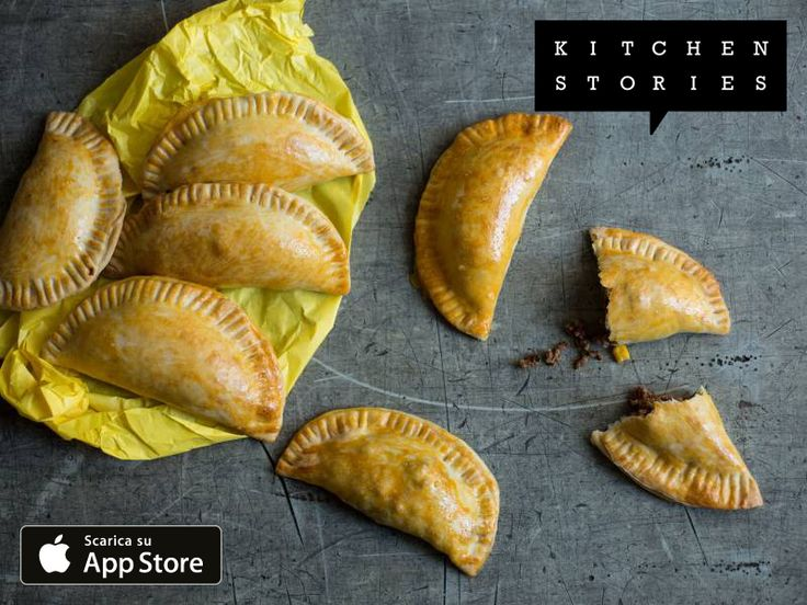 Sto cucinando Empanadas con Kitchen Stories. É davvero delizioso! Scopri la ricetta desso: - https://kitchenstories.io/recipe/empanadas-it