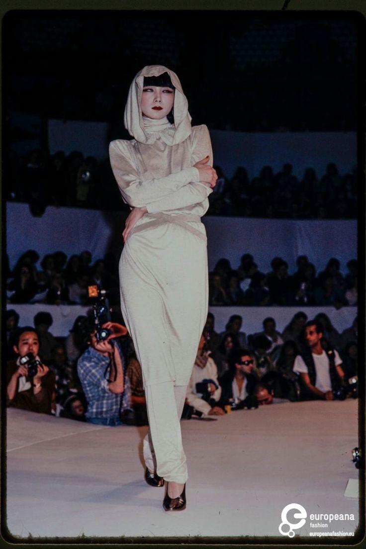 Fashion show Thierry Mugler winter 1978/79 on www.europeanafashion.eu