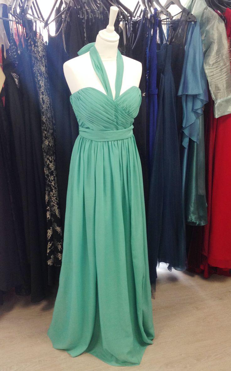Robe longue bustier et bretelles multipositions, couleur vert d'eau. Chiffon dress, demoiselle d'honneur.