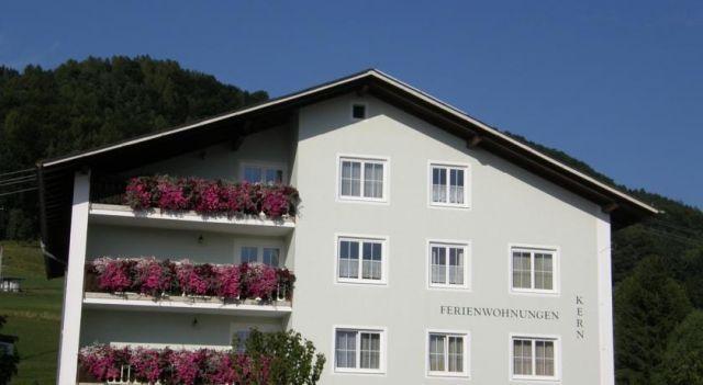 Ferienwohnungen Kern - #Apartments - $100 - #Hotels #Austria #Weyregg http://www.justigo.uk/hotels/austria/weyregg/ferienwohnungen-kern_51485.html