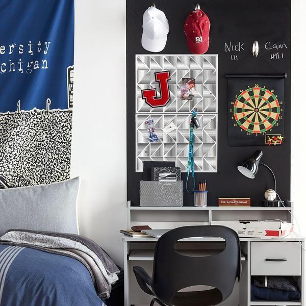 best 25 guy dorm ideas on pinterest. Black Bedroom Furniture Sets. Home Design Ideas