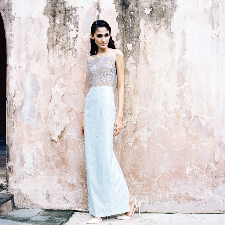 This is incredible! Unique work by  Bramanta Wijaya Sposa http://www.bridestory.com/bramanta-wijaya-sposa/projects/oblivion-from-flesh-to-dust-spring-summer-2015-ready-to-wear