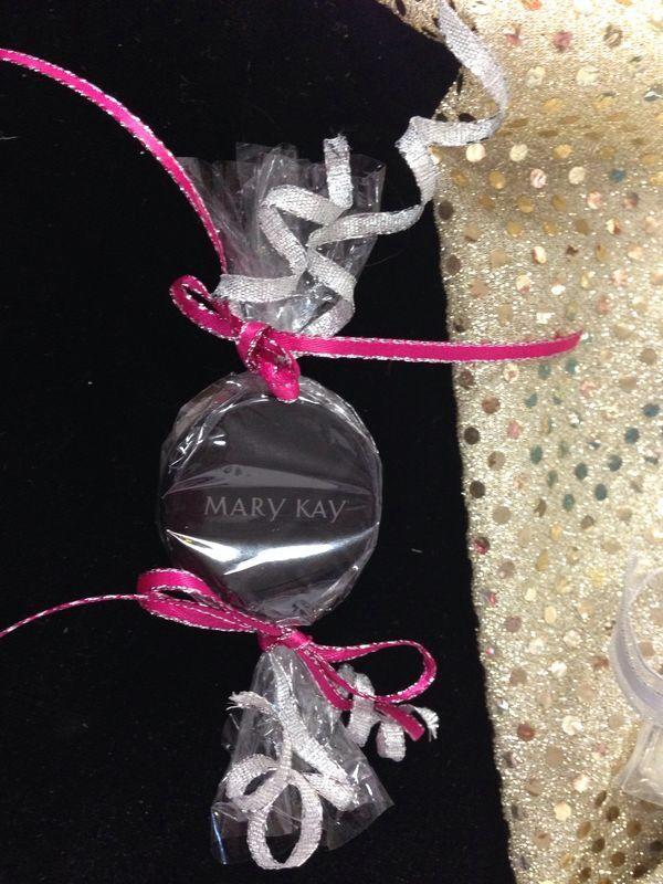 Cute idea! Eye Candy with Mary Kay's Cream Eye Shadows!