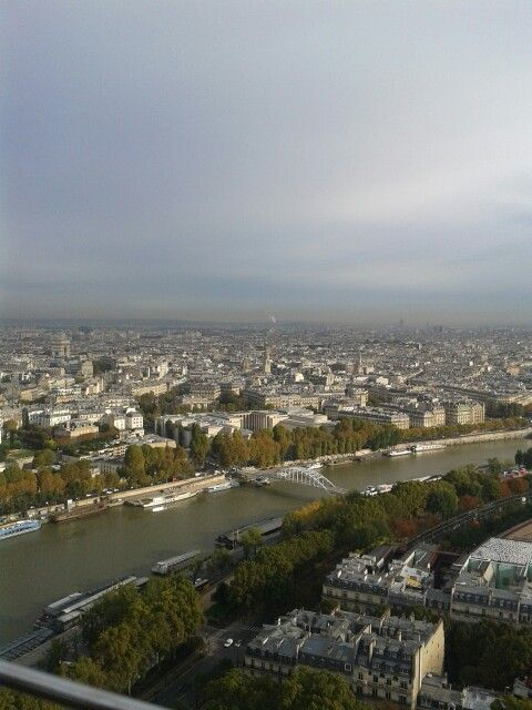Paris! River Seine.