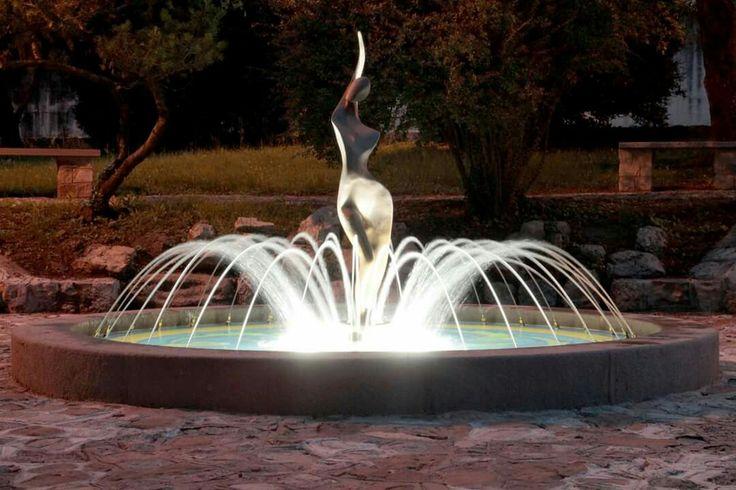 Sequals - Nuova fontana del giardino Del Turco