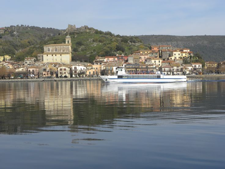 Tour on Ferry Boat to learn about Lake Bracciano by Trevignano Romano - Italy Relax in Piazzetta Home holidays