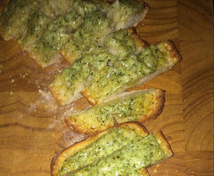 Rezept Carlo's Knoblauch-Käse-Brot von --Bebby-- - Rezept der Kategorie Beilagen