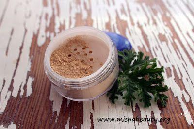 Misha Beauty - přírodní kosmetika a jiné DIY projekty : Můj osobní minerální makeup - tajná zbraň