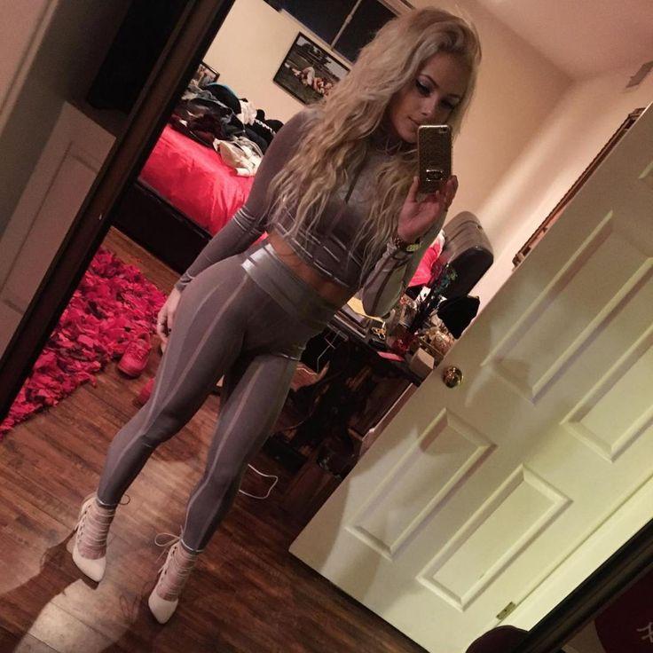 Cliquez sur les photos Instagram chaudes de Liv Morgan-6914