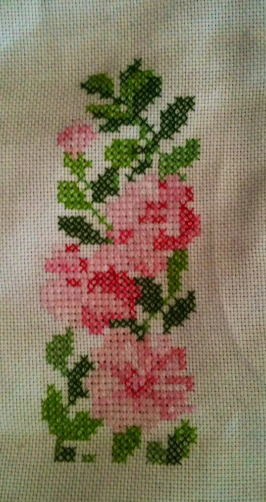 Cross stitch pink roses.