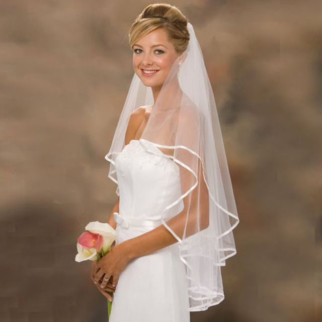 Hot Sale White Ivory Wedding Veils with Satin Edge Two Layer Bridal Veils with Comb Women Wedding Accessories Free Shipping
