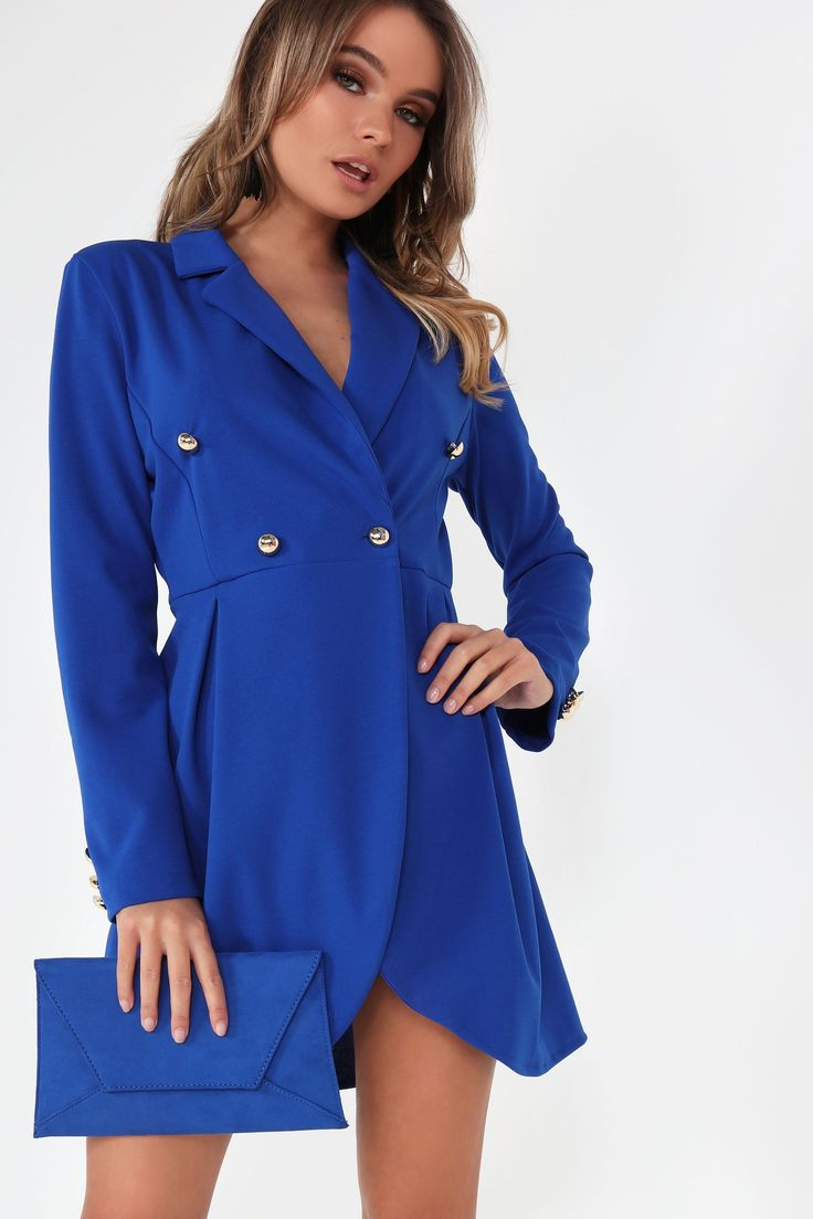 Give off that majestic #fashion look when you walk into the room with this @vavavoomclothes Roisin Royal Blue Blazer #dress 😍