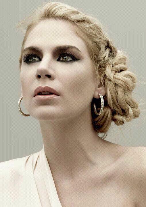 Esmeralda Mitre por Gino Lozano, Hair Technique