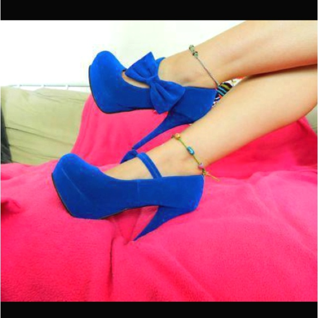 1000  images about shoes on Pinterest | Flats, Pump and Black lace ...