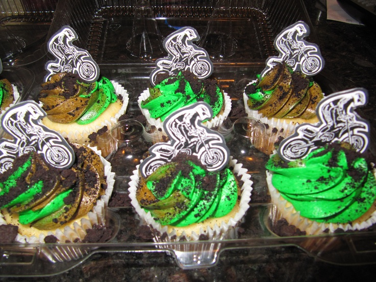 dirt bike cupcakes these are cute!