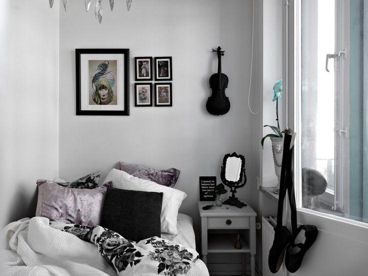 17 meilleures id es propos de chambre gothique sur pinterest salle gothique d cor de. Black Bedroom Furniture Sets. Home Design Ideas