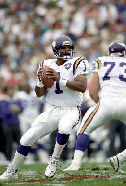 Warren Moon was a pro football quarterback who played for the Canada's CFL Edmonton Eskimos & the NFL's Houston Oilers, Minnesota Vikings, Seattle Seahawks, & Kansas City Chiefs. Moon held the record for most passing yardage (CFL + NFL career) until surpassed by Damon Allen in 2006, most passing touchdowns until surpassed on Nov 22, 2007,  most pass completions until surpassed on Dec 23, 2007, and most pass attempts until surpassed on Dec 14, 2008 (all 3 records surpassed by the Brett…
