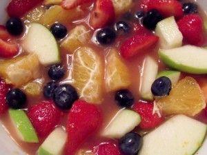 #SundaySupper Sangria Fruit Salad - Cindy's Recipes and Writings