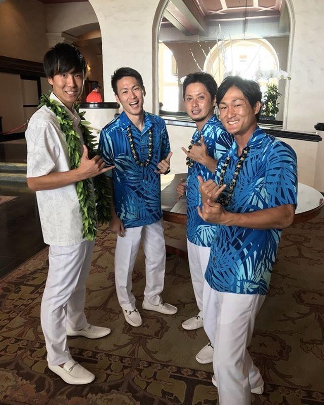 ハワイのグルームズマンはやっぱアロハスタイルですよねえ 男性