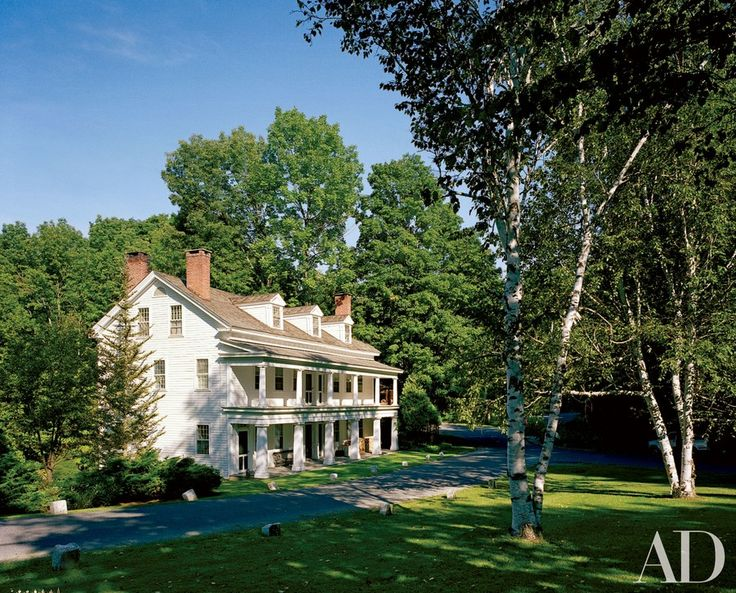 """""""We like to think we've kept its history intact,"""" textile designer and weaver Sam Kasten says of the 1833 clapboard Colonial in Stockbridge, Massachusetts, where he lives with his family. Built as a stagecoach inn, it was later used as a retreat for underprivileged children."""