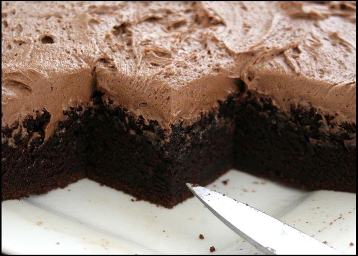 Csokoládés piskóta csokoládéhabbal, csábító ízek, édes bűnbeesés… :)