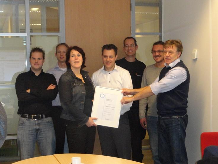 De Investors in People Projectgroep van KUIJPERS Maintenance BV in De Meern gaat van start met als 1e prestatie het IiP Commitment Certificaat. Klip op de pin voor een duidelijker ex. van dit unieke certificaat.