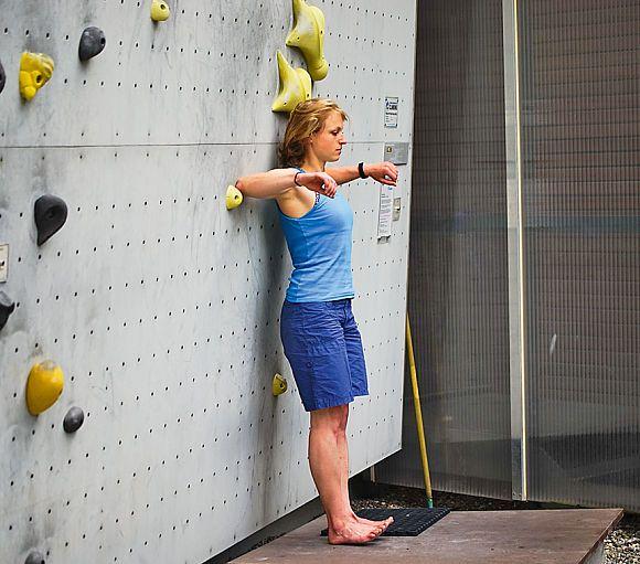 Übungen für mehr Körperspannung beim Klettern