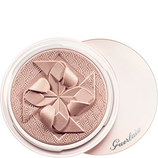 guerlain poudre de soie highlighter inspired by the most beautiful asian fabrics and the. Black Bedroom Furniture Sets. Home Design Ideas