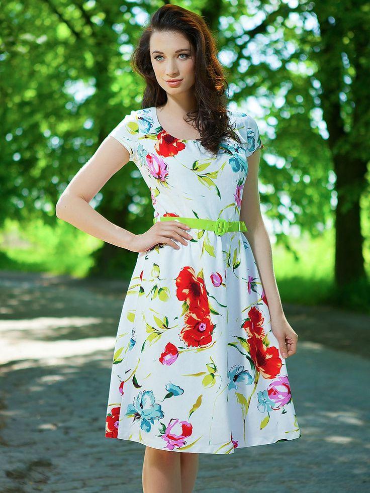 Çiçekli keten elbise - Quiosque  http://subbshop.com/tr/%C3%A7i%C3%A7ekli-keten-elbise-quiosque