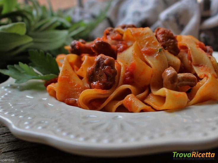 PAPPARDELLE AI FUNGHI FINFERLI (FUNGHI CANTARELLI)  #ricette #food #recipes