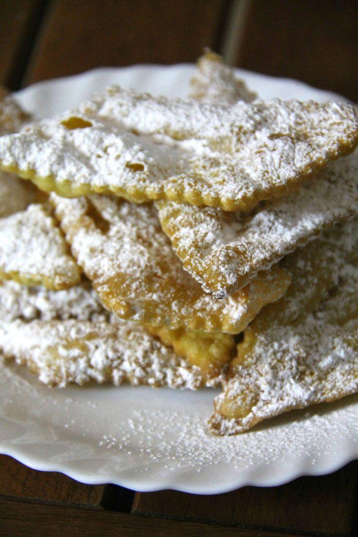 hanno impasto base e modalità simili alle classiche tagliatelle, ma sono dolci, fritte, super golose e caramellate. Una bontà unica!!!