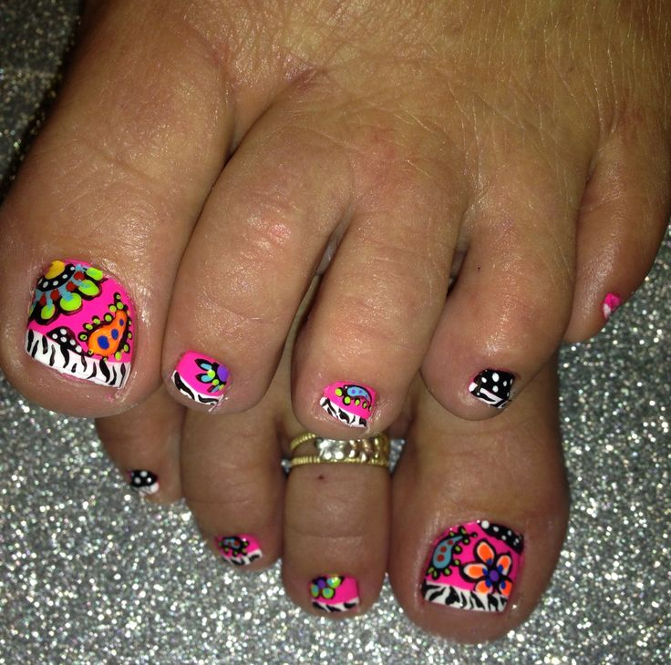 Nail Art So Cute Zebra Stripe French Pedi.