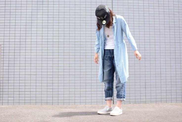 """(jeudi★Style)NO.124 ワンピース♦USED&VINTAGE""""Lady's"""" ドット柄 オープンカラーワンピース ¥2,500(TAX IN) http://jeudi-japan.com/?pid=120363375 キャップ♦Supreme(私物) Tシャツ♦LOWRYS FARM(私物) ブレスレット♦(H.Y)(私物) パンツ♦UNIQLO(私物) スニーカー♦しまむら(私物) SPECIAL THANKS !!CHIE☆★☆"""
