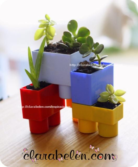 recycling toys: pots made with building blocks