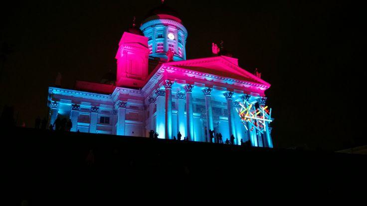 Lux Helsinki. Agatha Ruiz de la Prada  D-Facto: Corazón