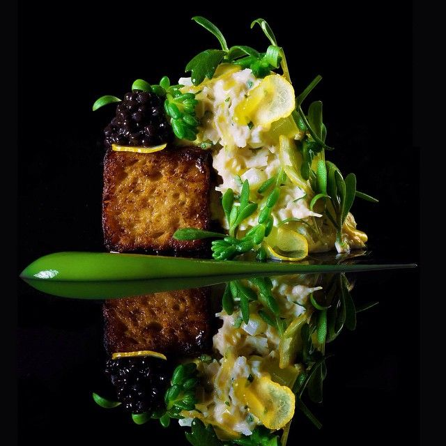 Only five days to go until The World's 50 Best Restaurants 2015 and we're now into the top five from last year's list. No. 5 was Dinner by Heston Blumenthal, who works his magic with dishes such as this buttered crab loaf. Which other London or British restaurants would you like to see on the list this year? Find out on Monday 1st June #Worlds50Best #50Best #Dinner #HestonBlumenthal #London #UK #British #gastronomy #food #foodie #awards #Heston #crab #restaurants #chefs
