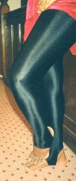 Black Shiny LYCRA /Spandex Stirrup Tights (size 10) Medium