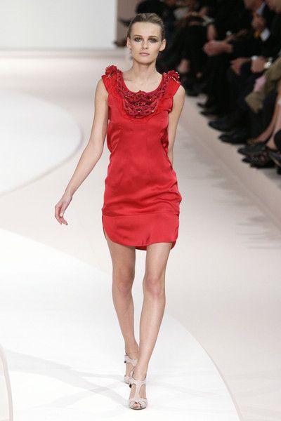 Valentino at Paris Fashion Week Spring 2009 - Runway Photos
