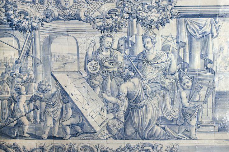 Lisboa   Hospital de / Hospital of São José   Salão Nobre / Great Hall   secção representando uma alegoria à Geometria dos Sólidos / section representing an allegory to the Geometry of Solids   c. 1740 [© AzInfinitum] #Azulejo #AzulejoDoMês #AzulejoOfTheMonth #Lisboa #Lisbon