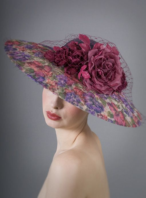 William Chambers Millinery, S/S 2014. Buckram covered in fashion fabric.