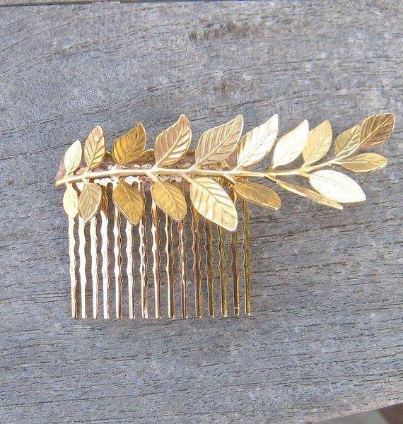 Magnifique peigne à cheveux en forme de feuille dorée