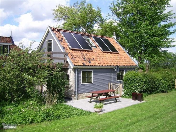 Vakantiehuis 4p It Dreamlân, Friesland, Kollumerpomp. Aangrenzend aan kleine natuurcamping met veel speelmogelijkheden. Ook mooi betaalbaar familiehuis te huur voor 6-10 personen.