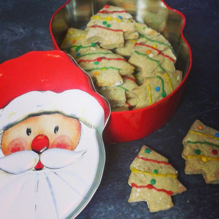Con el frío que hace es el día perfecto para hacer galletas con los peques. Contarme que tal os han salido.