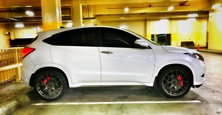 "Honda HRV with 20"" rims"