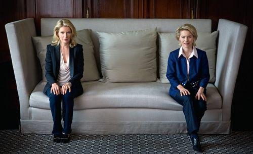 Maria Furtwängler und Ursula von der Leyen: Die Fernsehkommissarin und  die Ministerin    verbindet nicht nur der erlernte Beruf (beide sind  Ärztin), sie teilen auch ein Schicksal - die Demenz ihrer Väter. Ein  Gespräch über den langen Abschied.