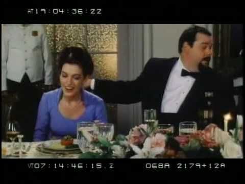 Princess Diaries 1 bloopers Fat Louie wasn't even a real cat???