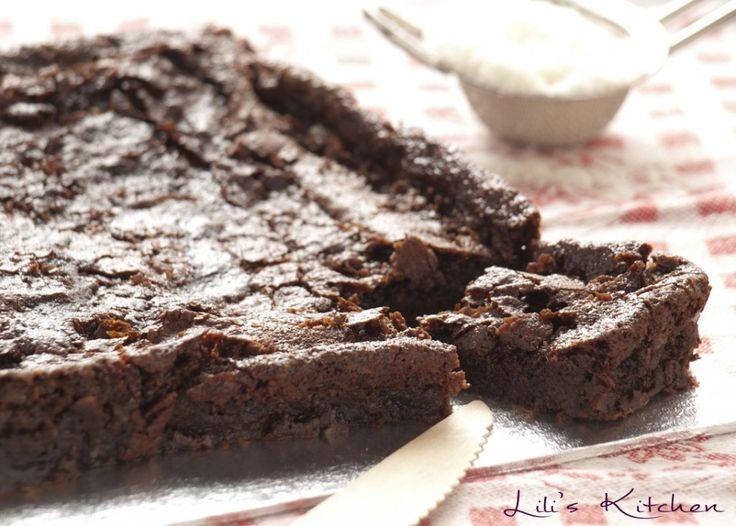 Brownie fondant sans oeuf et sans gluten. avec noix de coco. meilleur brownie du monde!