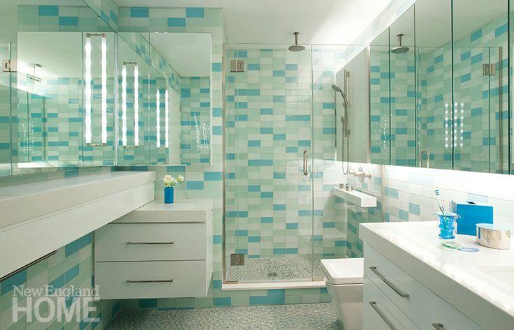 Best 25 bright green bathroom ideas on pinterest lime for Bright green bathroom ideas