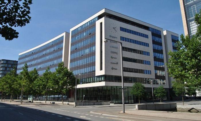 Danmarks førende web-markedsplads for ledige erhvervslokaler Lokalebasen.dk kunne i oktober notere sig for sin hidtil bedste måned i 2013 med 65 afsluttede udlejningskontrakter på formidlede erhvervslejemål.  Læs mere på lokalebasen.dk