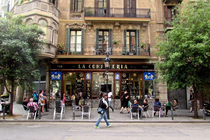 Located right next to Paral-lel metro stop, La Confitería bar is one of Barcelona's best spots for vermouth aperitifs and pre-theatre gin and tonics.